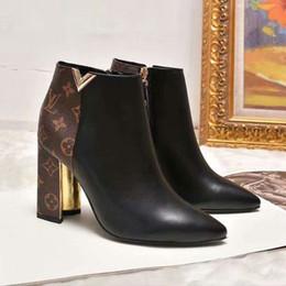 Scarponi da scarpe fibbie aperte online-scarpe da donna tacchi alti aperti da donna in vera pelle stivali impermeabili stile puro colore, varie fibbia e borsa