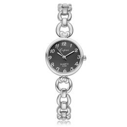 2019 женские круглые часы Простые Женщины Кварцевые Часы Мода Тонкий Сердце Форма Браслет Часы Дамы Повседневные Платья Наручные Часы Небольшой Круглый Кварцевые Часы скидка женские круглые часы