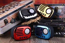 Retro Radyo Bluetooth Hoparlör ile A4 TF kart Eller Serbest arama müzik çalar Hoparlör telefonları, ipad, tablet pc nereden tabletler çağrısı tedarikçiler