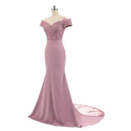 Apliques palabra de longitud sirena fuera del hombro vestidos de noche atractivos 2018 vestidos de noche alta calidad del cordón de la dama de honor desde fabricantes