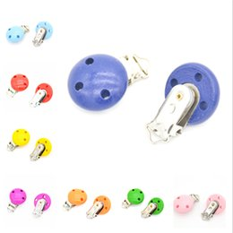 Wholesale Wooden Clip For Pacifier - 5pcs lot Wooden Baby Children Pacifier Holder Clip Infant Cute Round Nipple Clasps For Baby Product Hole 4.4cm x 2.9cm 10 Colors