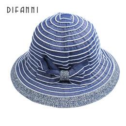 Боковые крышки для девочек онлайн-Difanni 2017 девушка лето элегантный ВС Hat складной сплошной цвет женский широкая сторона тонкая крышка случайные путешествия пляж ведро Cap
