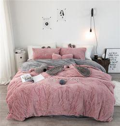 Canada Tissu en molleton gris-blanc-rose avec housse de couette taie d'oreiller drap de lit dessin animé garçon ensembles de literie pour filles 3 / 4Pcs simple double linge de lit cheap girls applique bedding Offre