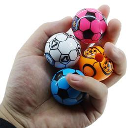mini apontadores de lápis Desconto 5 pcs Moda Aleatória Mini Bola De Futebol Copa Do Mundo Apontador de Lápis Tendência Criativa Forma de Futebol Apontador de Lápis Para O Presente Dos Miúdos