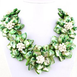 Wholesale Freshwater Shells - 16-17 inches Natural Black Leather Cord Seven Green Shell Flower Women Handmade Woven Gift Freshwater Pearl Beaded Necklace
