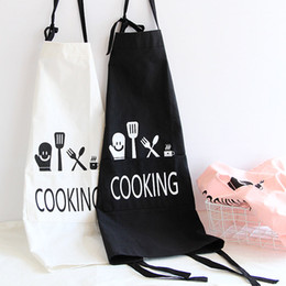 Wholesale restaurant linens wholesale - Japanese Style Funny Cooking Pattern Cartoon Cotton Linen Apron Bakery Home Bib Barbecue Restaurant Kitchen Women Cleaning Apron