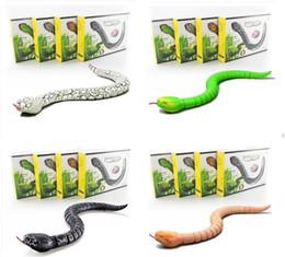Wholesale Infrared Radio Control Toys - IR RC Ratlesnake Snake Centipede Bionic Reptile Animal 3CH Infrared Remote Radio Control Snakes Chilopod Scolopendra Tricky Brains Toys