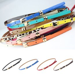 2019 женские тощие кожаные ремни 2018 women fashion vintage belts skinny Waist Belt ladies girls designer colorful belts Waistband female pu leather thin belt скидка женские тощие кожаные ремни