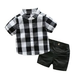 Chemise à carreaux avec des shorts vêtements de bébé garçon pour les vêtements des garçons enfant en bas âge Costume formel enfants costume ensemble garçon blanc et noir costume enfants ? partir de fabricateur