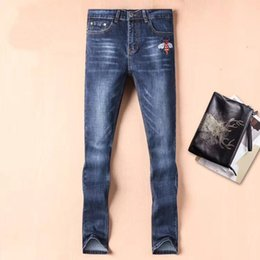 Wholesale designer long coats men - Small Bee embroidery mens skinny jeans Italy luxury brand designer cotton cowboy embroidery bee mens pants jeans skinny hommeD30