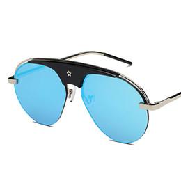 42f135450b52f Moda de uma peça de óculos de sol das mulheres chique marca designer de  óculos de sol de luxo senhora verão estilo óculos de sol do sexo feminino  rebite ...