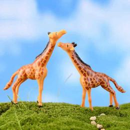 diy giraffa decorazione Sconti Cute Giraffe Cartoon Doll Ornament Creativo Mestiere in resina Moss Terrarium Decorazione Micro Paesaggio Accessori Fairy Garden Desktop DIY Zakka