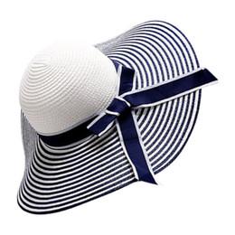 Chapéus de palha brancos para meninas on-line-Black White Stripe Bowknot Mulheres Menina Verão Aba Larga Chapéu de Palha Trança Sunhat Respirável Grande Brimmed Chapéus Bonés