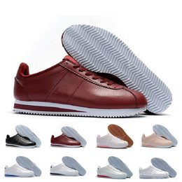 Wholesale Canvas Basic - 2018 Classic Cortez Basic Leather Casual Shoes Cheap Brand Fashion Men Women Black White Red Golden Skateboarding Casual Sneakers Size 36-44