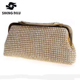 Women Golden Day Clutches Shinny Diamond Crystal Banquet Wedding Hand Bag  High Quality Silver Evening Party Clutch Bags 2017 inexpensive golden  crystal ... 5b8416b184d4