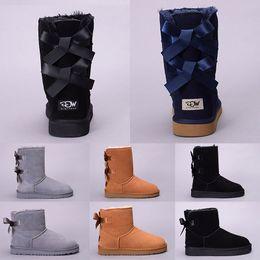 Sapatos para meninas curtas on-line-Mulheres Botas de Neve de Inverno Austrália WGG Bota Senhora Menina Alta curto ajoelhar o tornozelo Preto Cinza Azul Marinho Vermelho Sapatos Ao Ar Livre Casuais Frete Grátis