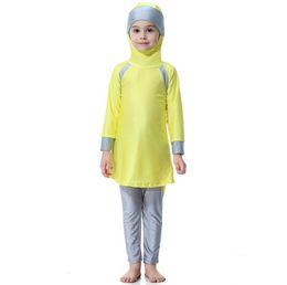 Swimsuit musulmanes on-line-Traje de natação islâmico Swimsuit modesto Swimwear Swimwear crianças árabes muçulmanos