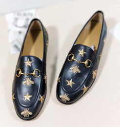 Wholesale Women Shoes Mules - 2018 Women Designer Shoes Luxury Brand European Fashion Slides Genuine Leather Casual Mules Shoes Top Quality