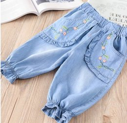 Wholesale Middle Child Clothing - 2018 Spring New Baby Girl Jeans Embroidery Denim Middle pants Children Clothes 20770