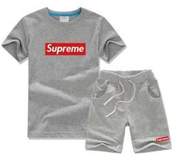 Bebê menina roupas tutus on-line-Meninos do bebê E Meninas Designer de T-shirt E Calções de Fato Marca Fatos de Treino 2 Crianças Conjunto de Roupas de Venda Quente de Moda Infantil de Verão