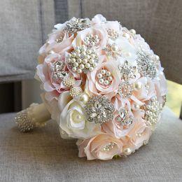 2019 decoração de bola de rosa atacado Bouqets De Casamento De Estilo Europeu de Alta Qualidade Buquê de Casamento 25 * 25 cm Espumante Cristal com Pérolas Eye catching acessórios do casamento
