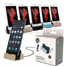 универсальная зарядная станция Скидка Настольное зарядное устройство док-станция типа C Micro USB Sync адаптер смарт универсальный для Galaxy S9 LG смартфон с розничной коробке