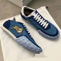 Wholesale Tiger Embroidery Fabric - 2018 Embroidery Tiger Shoes Lace Up Luxury Brand Race Runner Shoes Man Woman Fashion Trainers New Designer Casual Sneakers Unisex