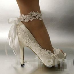 Las mujeres de la moda marfil perlas de la cinta punta abierta Zapatos de boda talón de ballet de encaje de flores nupcial zapatos de dama de honor tamaño 35-42 desde fabricantes
