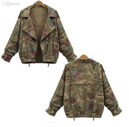 All'ingrosso-Nuovo Autunno Inverno Army Green Camouflage Giacche da donna floreale stampato Zipper Jeans Cappotti per donna Denim Cardigan da lungo mantello in pizzo d'oro fornitori