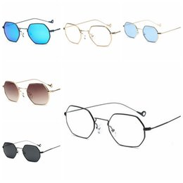 Wholesale Coat Colorful Men - Couple Square Metal Frame Sunglasses Western Style Colorful luxury Golden Sun Glasses Wide Gradient Coating Frame LJJD13