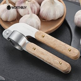 Wholesale Rubber Press - Worthbuy 304 Stainless Steel Garlic Presses Slicer Rubber Wooden Handle Garlic Crusher Fruit Vegetable Tools Kitchen Accessories