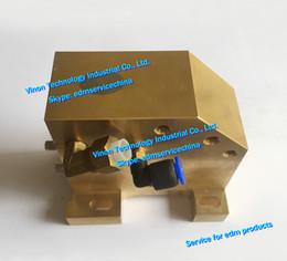 (1pc) X181A788G71 Guida di edm Rullo inferiore M603S, FA20 Rullo di blocco Matrice Supporto inferiore X181-A788-G71 per macchina edm avanzata DWC-FA20S da