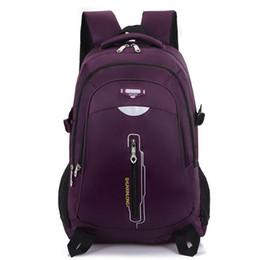 Canada Commerce de gros, entreprises européennes et américaines, épaules, sacs pour hommes, collégiens, sacs à bandoulière, sacs de voyage. Offre