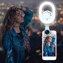 2019 lente da lâmpada led Diodo emissor de luz do anel do Selfie do diodo emissor de luz Fluxo vivo que realça a lâmpada com lente de câmera grande angular / macro do telefone para o telefone móvel lente da lâmpada led barato