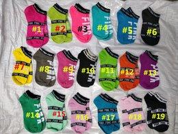 Wholesale fashion slippers for girls - Free Choice Summer Love Pink Letter Short Socks Women Girls Fashion Cotton Slipper Sports Boat Socks for Ladies Running Ankle Socks