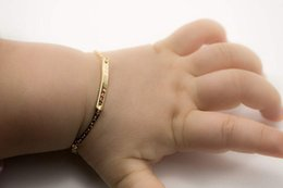 """Id armbänder online-Benutzerdefinierte Baby Name Armband einstellbar Baby Kleinkind Kind ID Armband personalisierte Bar Gold gefüllt 4 """"Kette Weihnachtsgeschenk"""