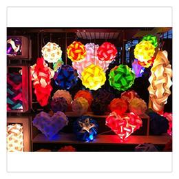 2019 luces de la lámpara de rompecabezas Blanco IQ Puzzle Luces Infinity Lights Jigsaw Lights Lampshade Alta Calidad Hermosa Lámpara de Colores Envío Gratis rebajas luces de la lámpara de rompecabezas