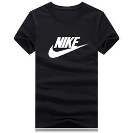Camisas de diseño de forro online-Simple línea de diseño creativo con estampado cruzado de algodón camisetas hombre recién llegado estilo de verano de manga corta camiseta de los hombres