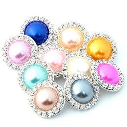 Imitaciones joyas online-18mm imitación perla rhinestone botón a presión ajuste 18mm botones joyería DIY que hace la pulsera piezas del collar accesorios artesanales