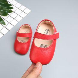 Zapatos de vestir princesa online-5 Colores Bebés Chica Color sólido Zapatos de cuero suave Princesa Dress-Up Toddle Bebé Mary Jane Zapato plano 0-2Y Cuna Zapato