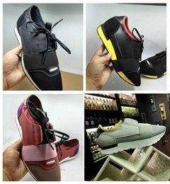 Wholesale blue races dress - 2018 Luxury Arena Sneaker Shoes Race Runner Red Mesh Balck Leather Kanye West Race Runners Men's Walking Casual Trainers Party Dress