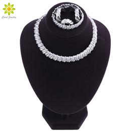 Серебряные ювелирные изделия dubai онлайн-Silver Color Jewelry Sets African Nigeria  Dubai Jewellery Set Women Wedding Bridal Turkish Choker Costume Jewelry Set