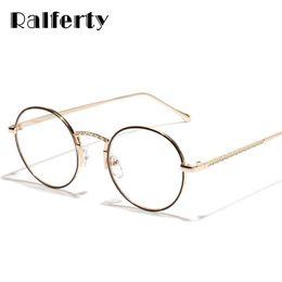 f2035ca4ab659 Ralferty Retro Rodada Óculos de Armação Das Mulheres Dos Homens Lente Clara  Eyewear Quadro Para O Grau Força Óculos Óculos De Metal De Ouro 3218 homens  de ...
