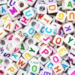 Wholesale alphabet letter cube acrylic beads - 100pcs lot 6 8 10mm White Different Alphabet Beads Acrylic Colorful Letters Beads For Children Education DIY Jewelry Bracelet