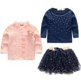 Falda de abrigo azul online-2-6 años Fashion Spring Girls Clothing Set 3 Piezas Traje Niñas Plink Flower Coat + Blue T Shirt + Tutu Skirt Clothes Girls