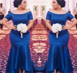 Royal Blue Plus Size Abiti da damigella d'onore Satin Maniche corte Sirena Maid Of Honor Abiti da sposa Abiti da sera per feste da