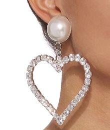 2019 couleurs de peinture en aérosol Dames de la mode américaine grandes boucles d'oreilles en forme de coeur Mode original pour créer des boucles d'oreilles en perles Counter avec les mêmes boucles d'oreilles en diamants