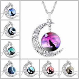 Wholesale Wolf Pendant Necklace Women - Totem Wolf Glass Cabochon Moon Time Gemstone Necklace Chains Silver Animal Models Fashion Jewelry For Women Gifts BY DHL 162594