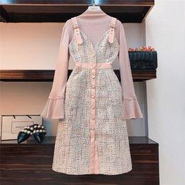 macacão rosa de inverno Desconto 2018 outono inverno senhora marca rosa 2 peça set mulheres flare manga top de malha + single-breasted xadrez tweed macacão dress c18111901