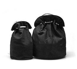bolsas de ginástica para mulheres Desconto 2018 New Classic high-grade Com Cordão Saco de Balde de Ginásio Grosso Saco de Corda de Viagem de Viagem Mulheres Saco de Lavagem À Prova D 'Água Caso de Armazenamento de Maquiagem Cosmética
